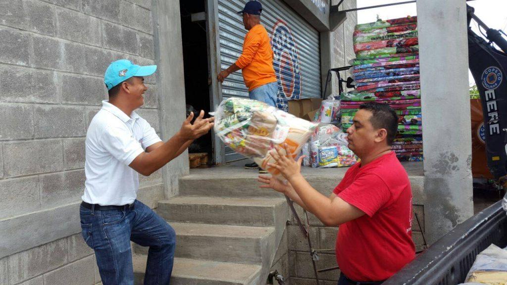 La Mesa Nacional de Incidencia para la Gestión del Riesgo, región Sur apoyó en las labores de entrega de ayuda humanitaria junto con La Comisión Permanente de Contingencias, COPECO